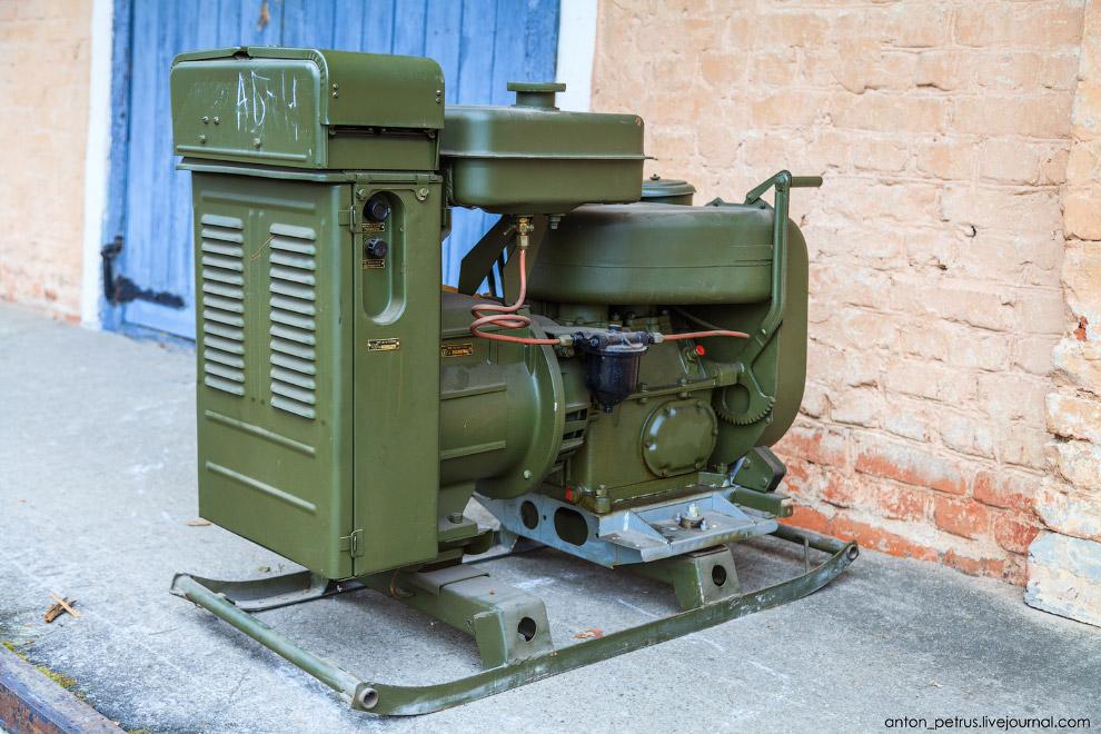 11. Кузов Кунг-1М. Нашел на сайте только в комплекте с шасси Газ-66. Стоит этот комплект 29 м