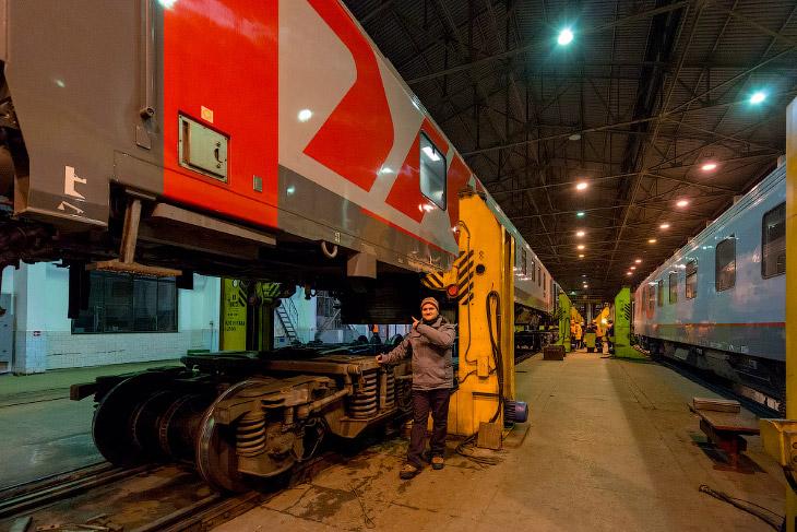 Как поезда проходят смену колеи в Бресте (19 фото)
