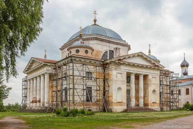 Собор Бориса и Глеба, Новоторжский Борисоглебский монастырь, Торжок