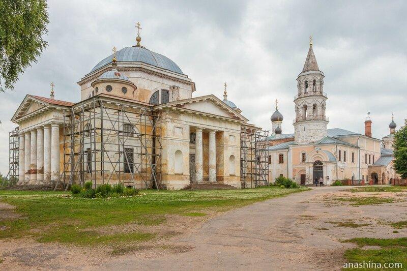 Новоторжский Борисоглебский монастырь, Торжок