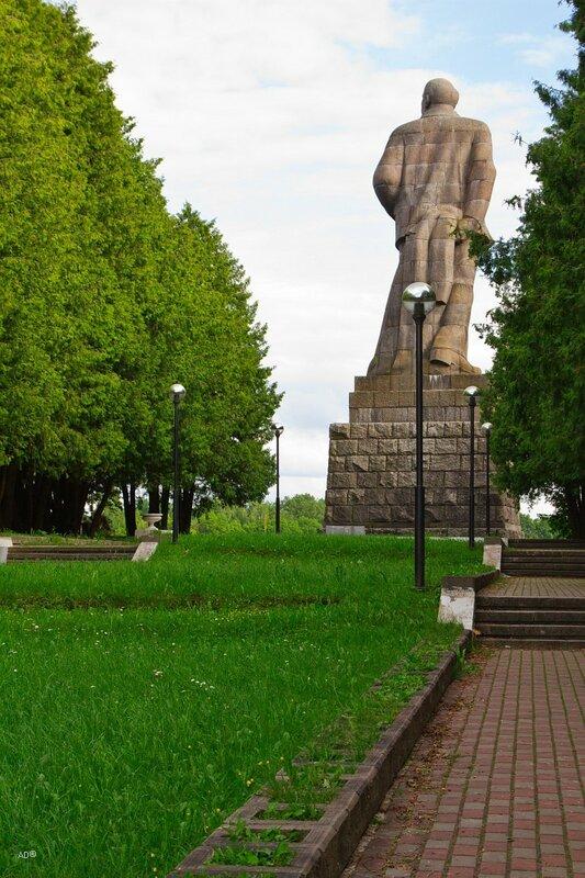 Начало канала им. Москвы