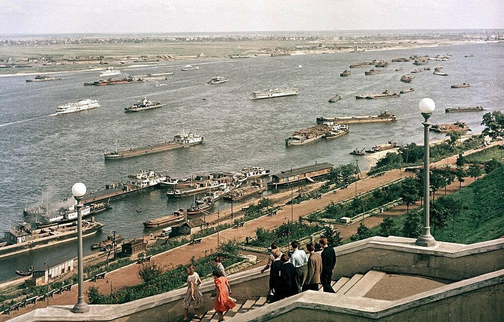 Судоходство на реке Волга в 60-ых-