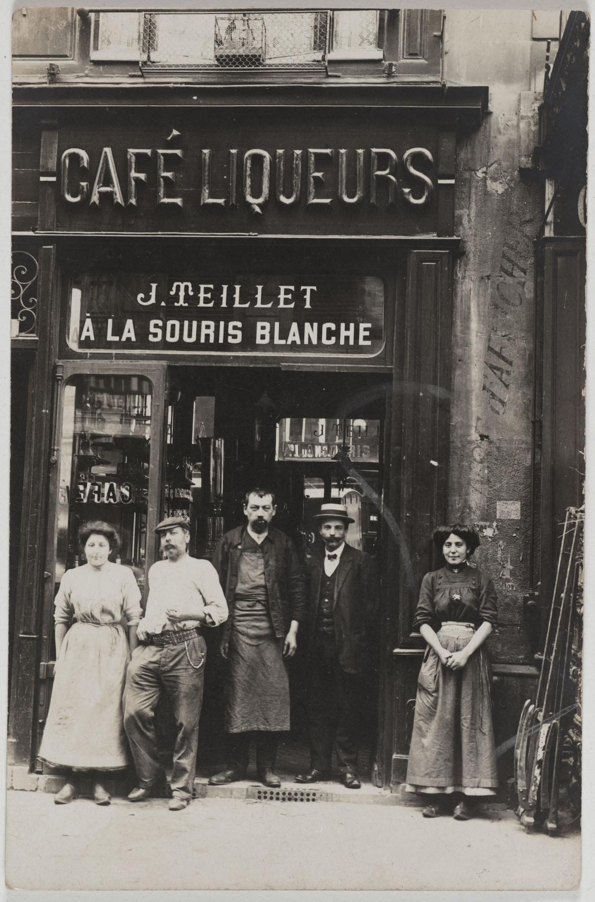 1913 - 1920. Кофе, ликеры. 31, rue de la Ferronnerie (1-й округ). Сейчас на этом месте магазин одежды