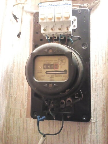 Срочный вызов электрика в Подъездной переулок (Адмиралтейский район СПб).