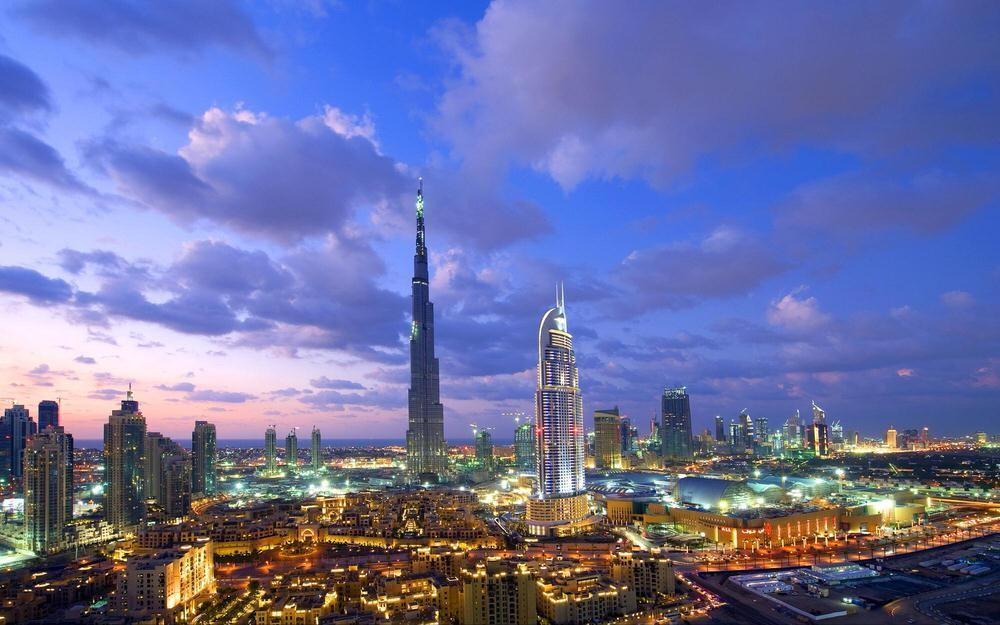 25. Дубай, ОАЭ . Если вы не любитель исторических мест и предпочитаете более футуристичные мегаполис