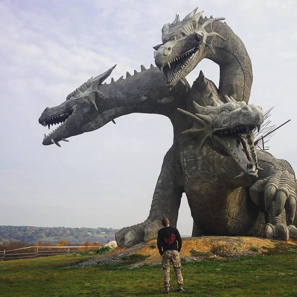 Змей Горыныч с Кудыкиной горы стал звездой в Инстаграме