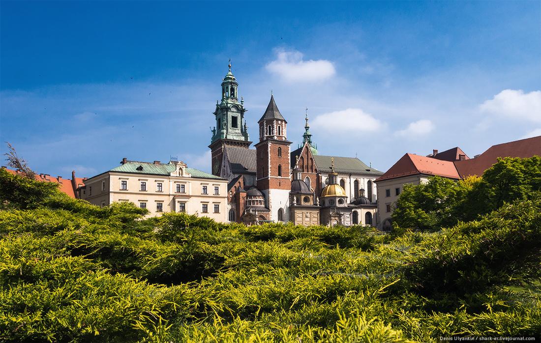 Польша. Краков. Королевский замок Вавель