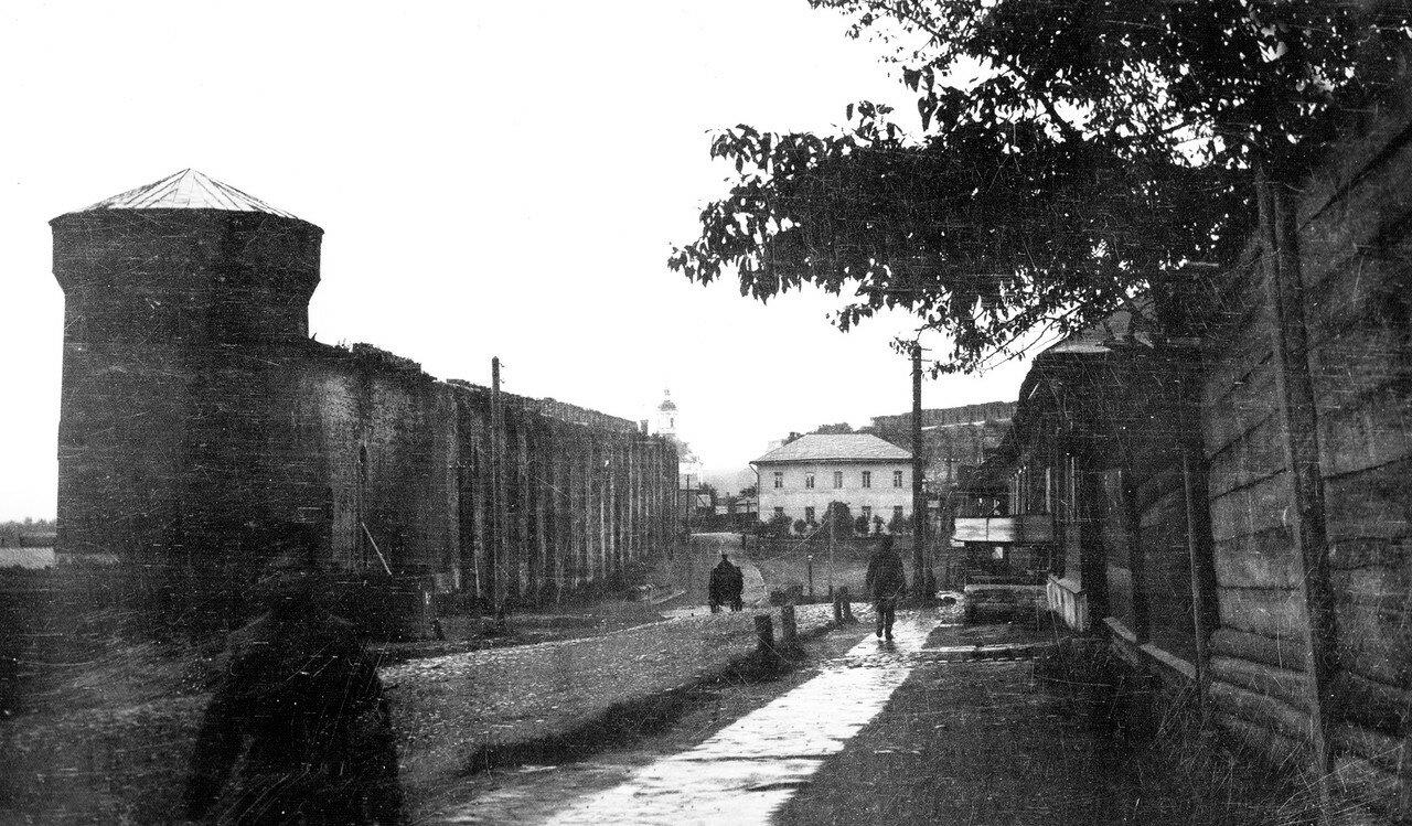Армянская улица и Костырёвская башня. 1907
