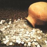 Монеты в кувшине