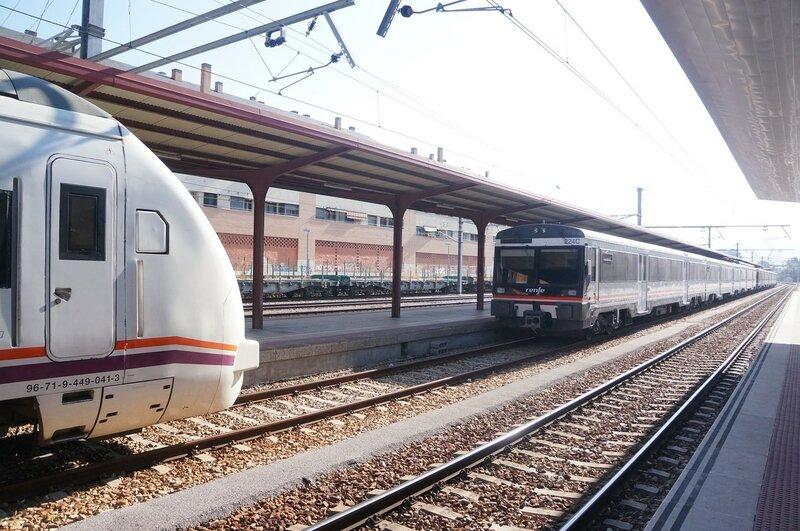 Поезда Испании
