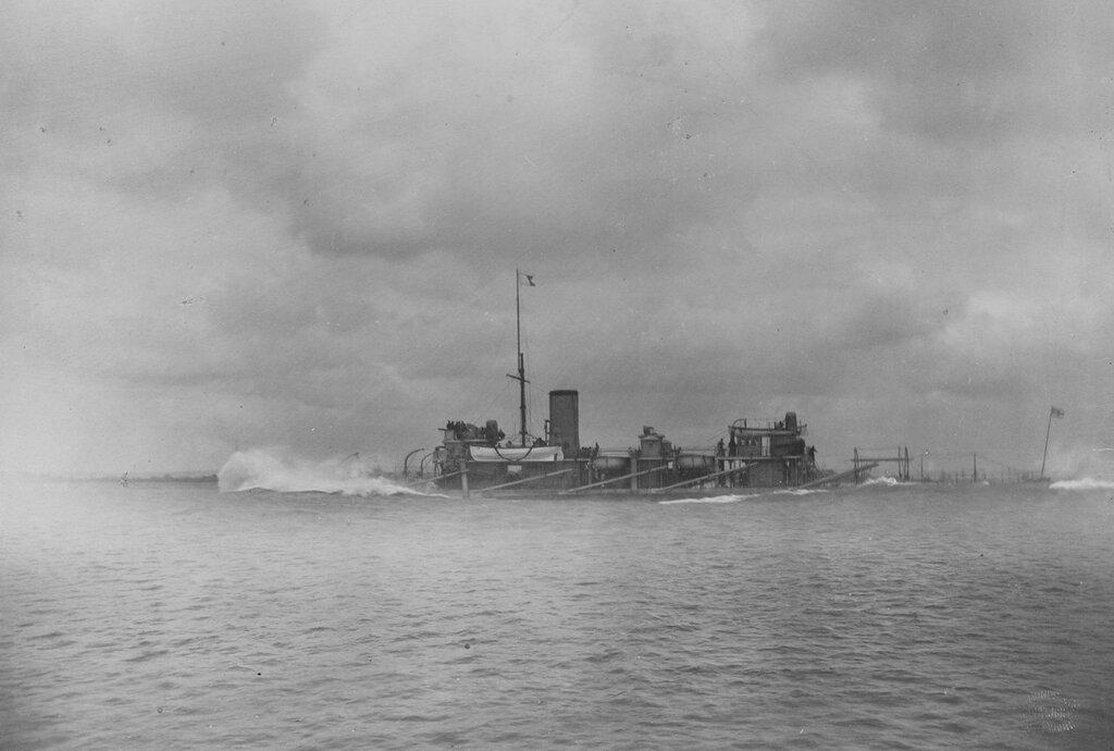 HMS POLYPHEMUS (armored ram, 1881). Circa 1885, at 17.45 knots.