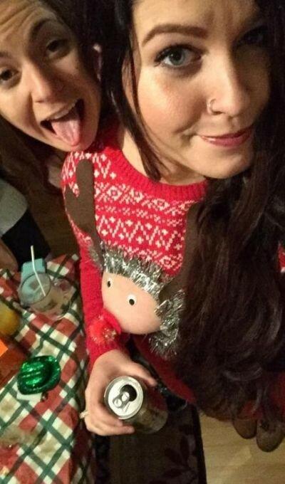 0 17ca4a 3a14b699 XL - Модная рождественская забава американок #reindeerboob