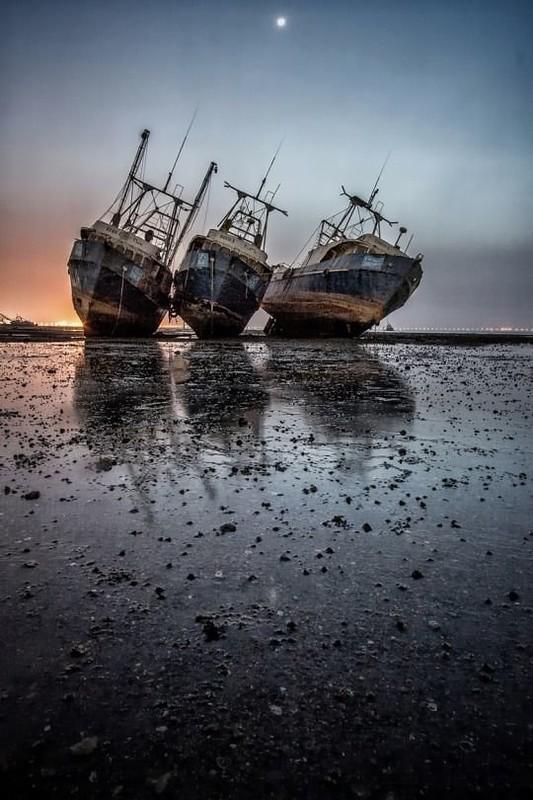 0 182c02 3c18d776 orig - На мели: фото брошенных кораблей