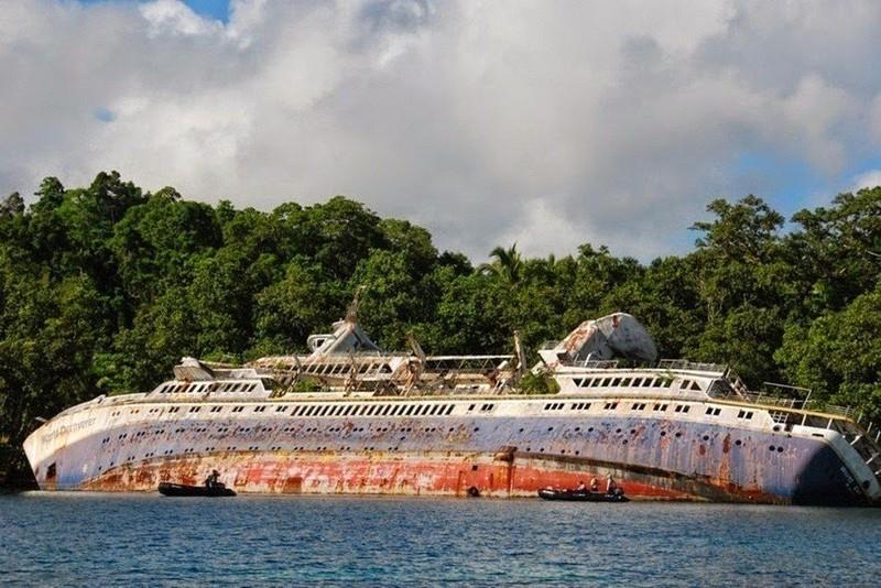 0 182c21 7705965b orig - На мели: фото брошенных кораблей