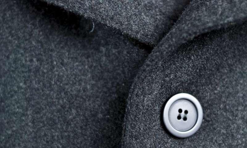 Почистить пальто в домашних условиях