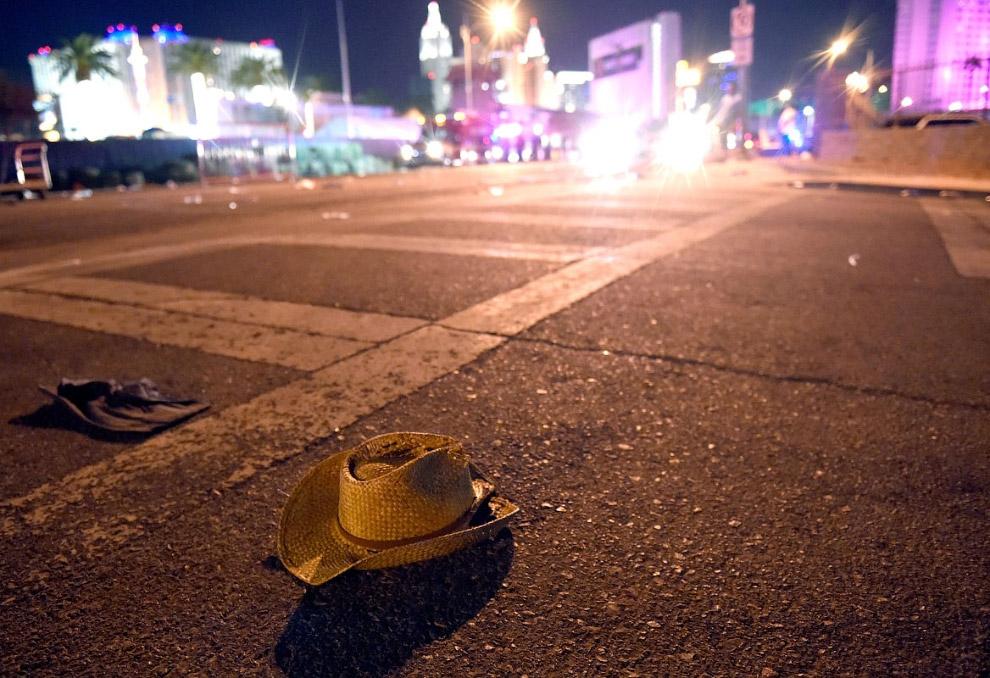 17. «У Стивена Пэддока, стрелка в Лас-Вегасе, жертвами которого стали 59 человек, имелось более 40 е