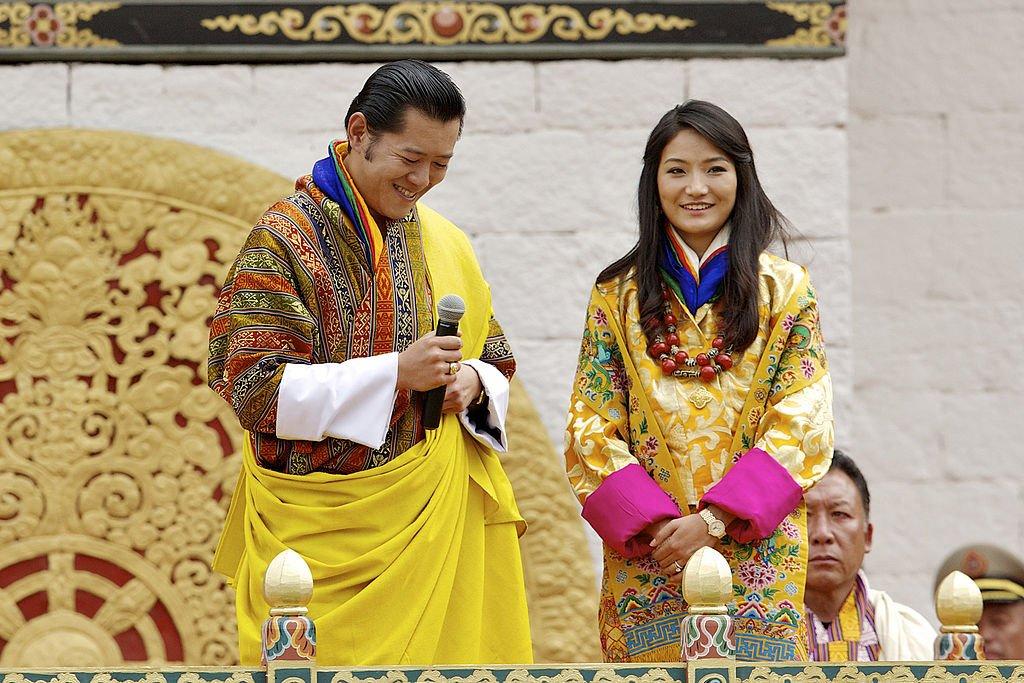 Джецун Пема Вангчук, королева Бутана   Ходили слухи, что Джецун встретила будущ