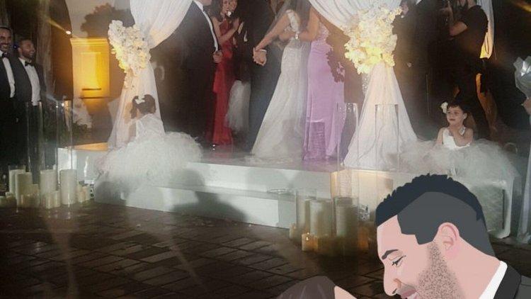 Диджитал рисерч: девушка-стартапер заставила гостей своей свадьбы делать селфи и сидеть в соцсетях