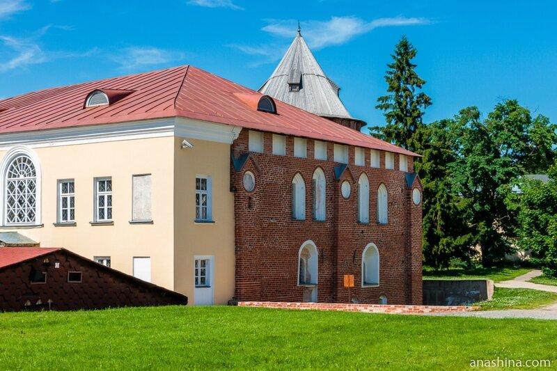Владычная (Грановитая) палата, Новгород