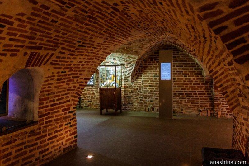 Своды Владычной палаты, Новгород Великий