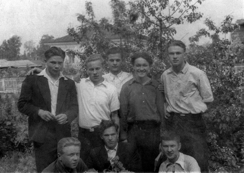 1953. Выпускники Тарского педучилища