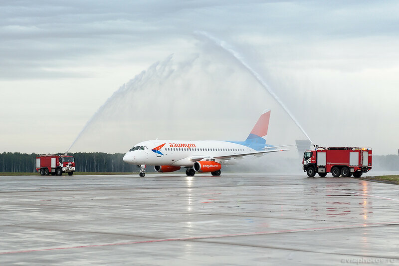 Sukhoi Superjet 100-95LR (RA-89079) Азимут 0049_D705727