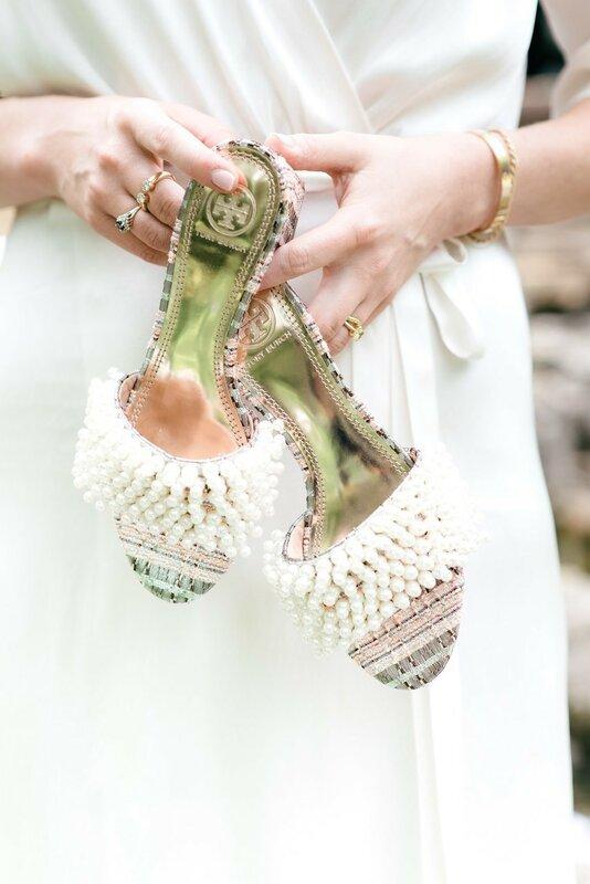 0 17b10a 9ad65697 XL - Купить свадебное платье или взять напрокат?