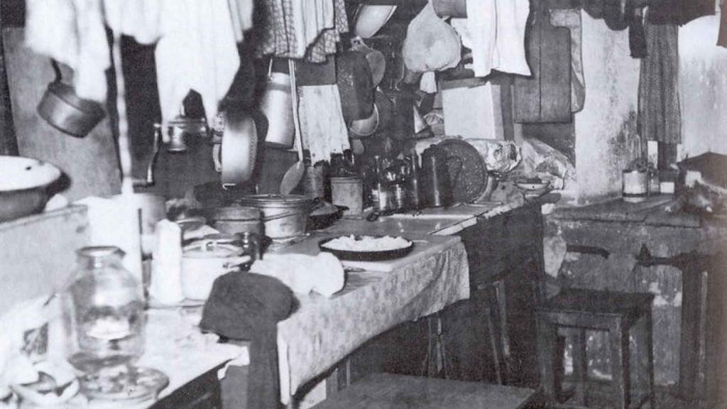 Как советские женщины жили в общежитии