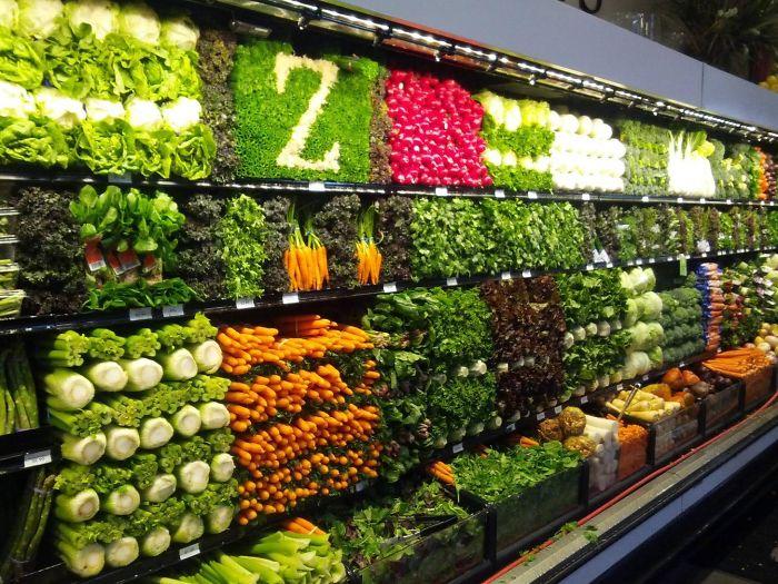 В овощном отделе, скорее всего, навел порядок отчаянно заскучавший Зорро.   «Новые грани