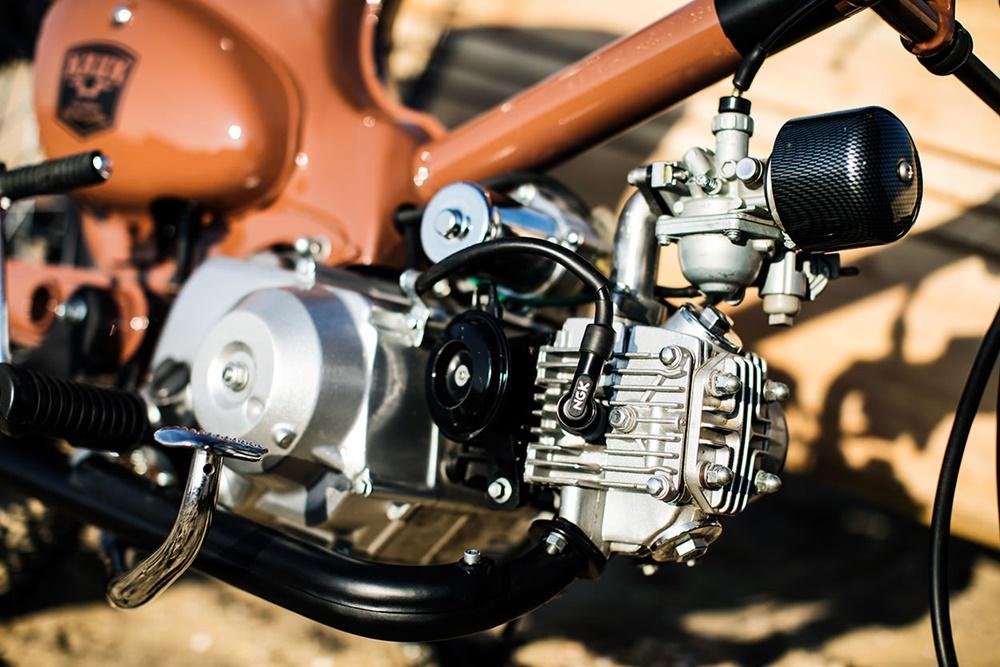 KRUK: кастом El Gordo на базе клона Honda Cub