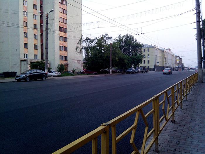Четыре участка улиц отремонтируют в Кирове до конца сентября