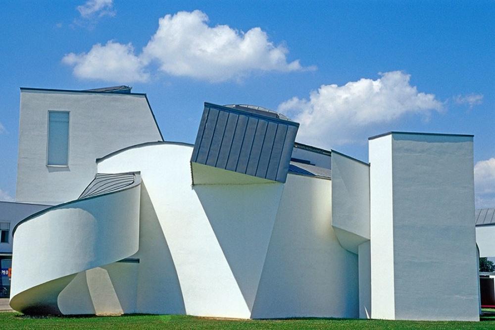 © architecturaldigest.com   Здание рекламного агентства Chiat/Day, Калифорния