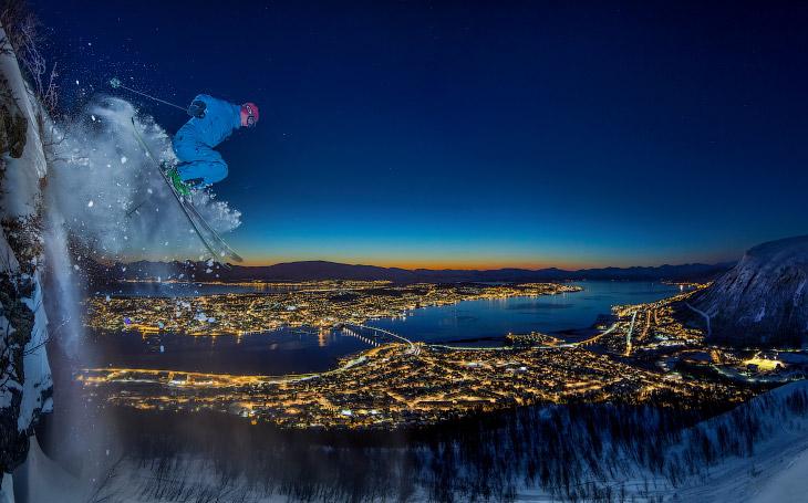 1. Косатка возле рыболовного судна в Тромсё, Норвегия. (Фото Audun Rikardsen):