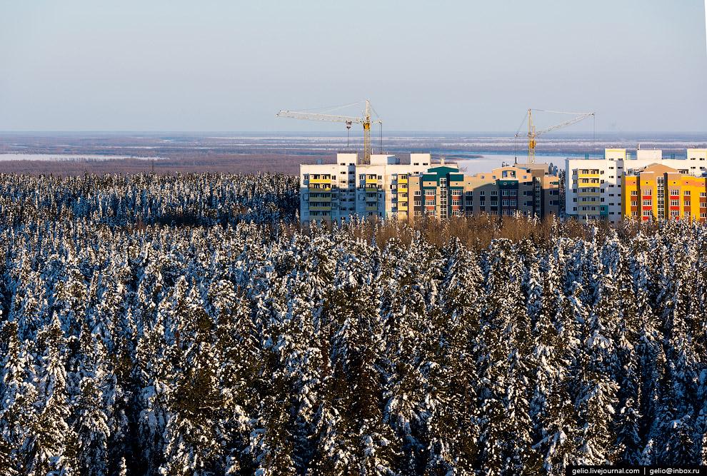 35. Ханты-Мансийск — один из самых освещённых городов России. Наружным освещением оборудовано 1