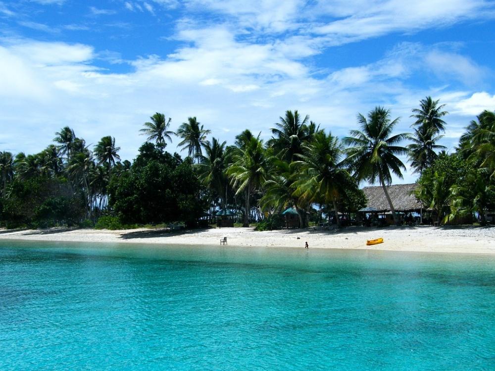 Свиду райский остров, затерянный вокеане, неправдали? Таким ибыл Бикини, пока США неначали исп