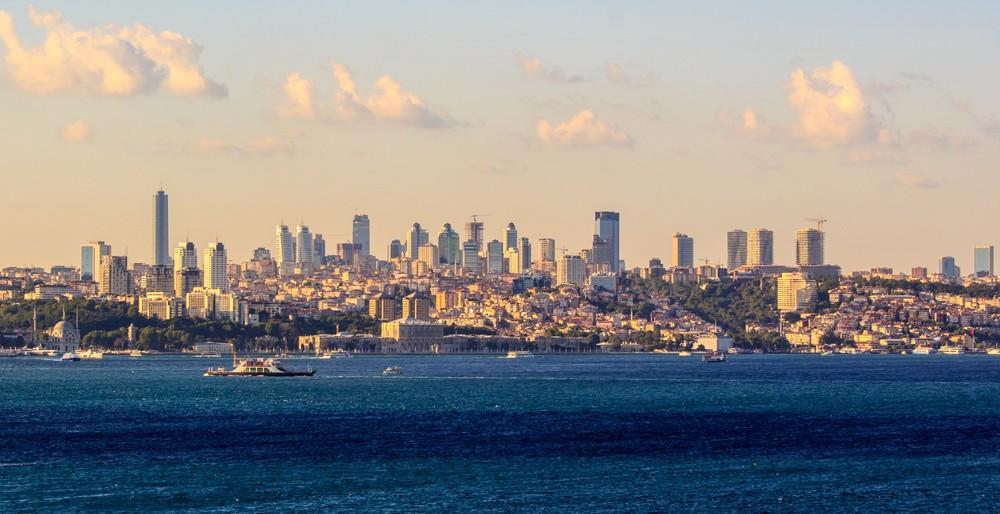 72. Стамбул, Турция . Стамбул — живой город с тысячелетней историей, охватывающий и Европу, и Азию,