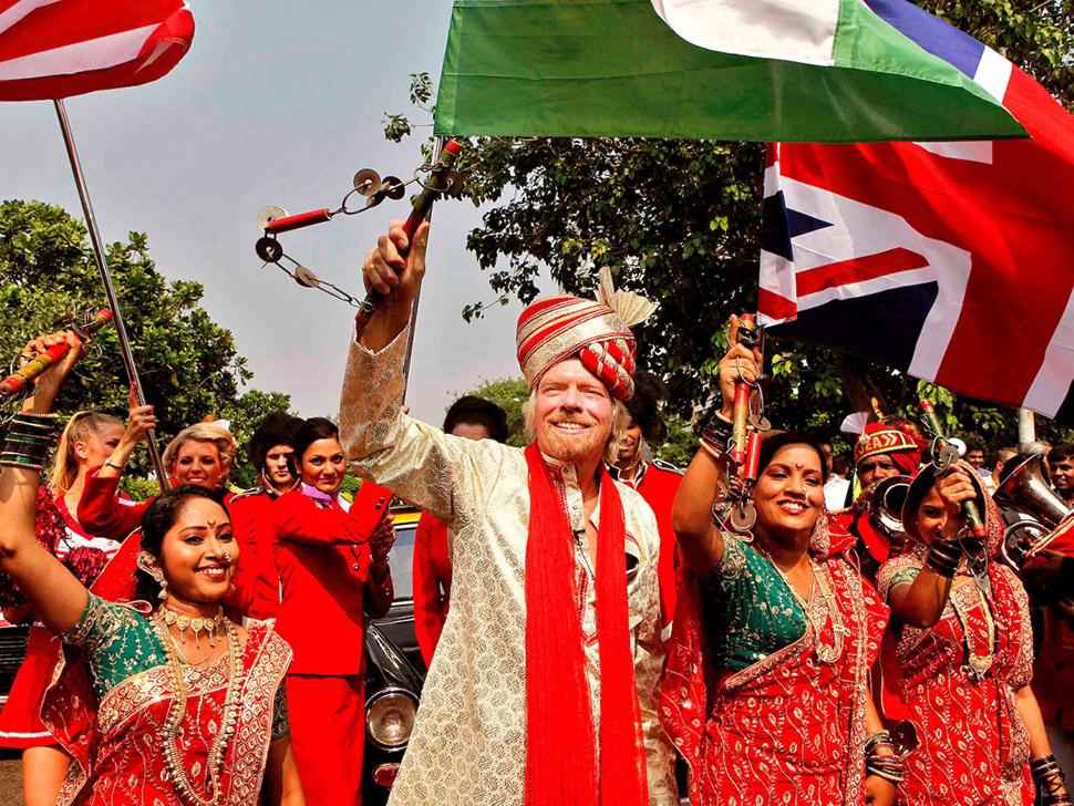 13. Культурные мероприятия — 12,1%. Глава корпорации Virgin Ричард Брэнсон празднует расширение прис