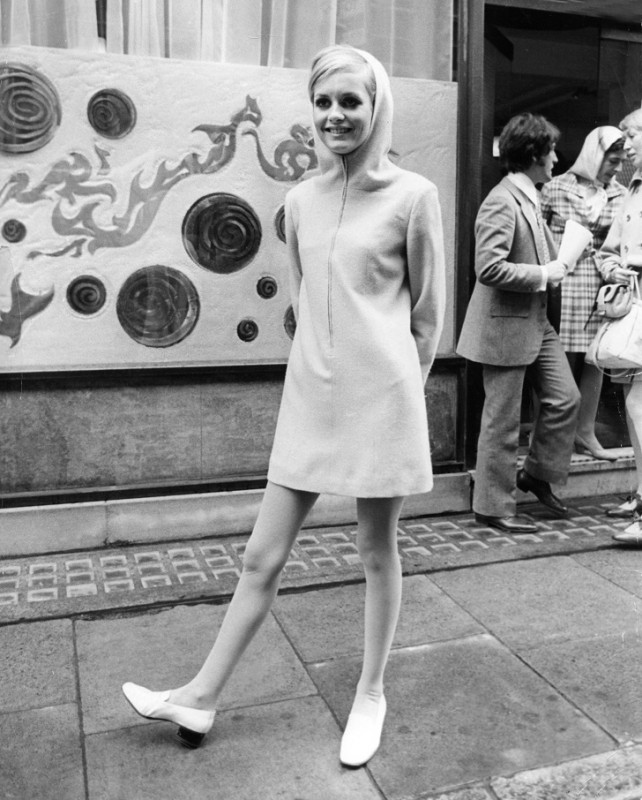 Вторая половина 1960-х Ко второй половине 1960-х уже даже бывшая первая леди Джеки Кеннеди ще