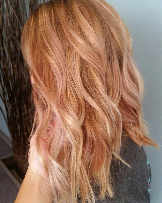 розовое-золото-волосы-окрашивание-фото13.png