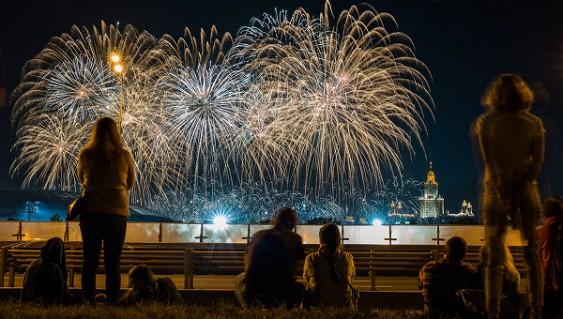 Для гостей фестиваля «Русское поле» зажгут потешные огни
