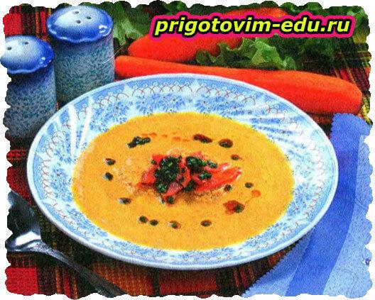 Пикантный овощной суп с творогом