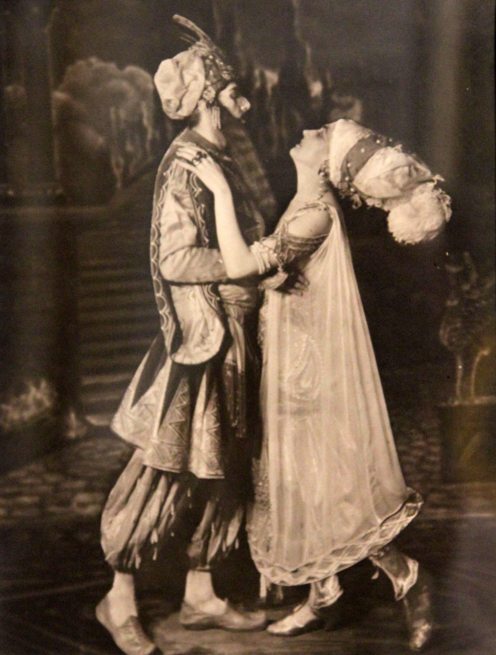 �.�. ��������� � �������, ��. ��������� � ��� ������ �������� ����� ��������. 1913-1915 ����� �����������. ����������, ���������� �����-�����. �������� �������: aldusku.livejournal.com