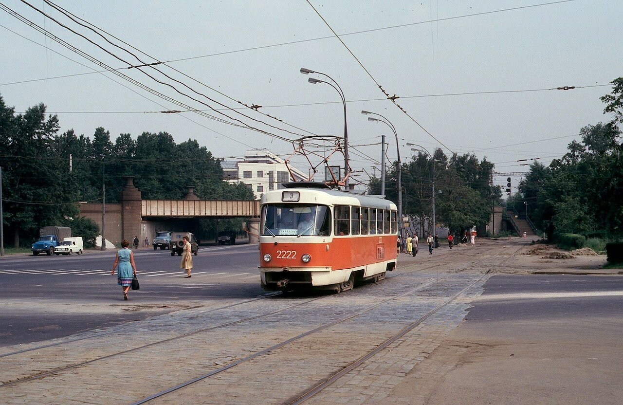 Варшавское шоссе у путепровода