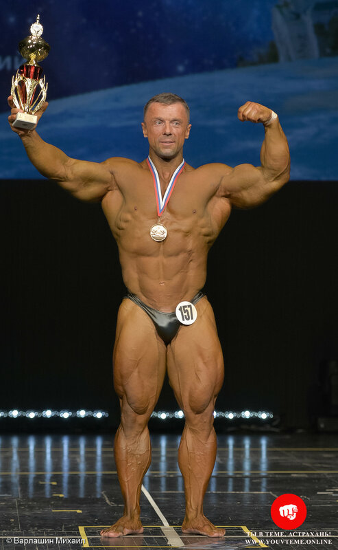 Категория: Мастера-мужчины 40-49 лет +90кг. Чемпионат и Первенство России по бодибилдингу 2017