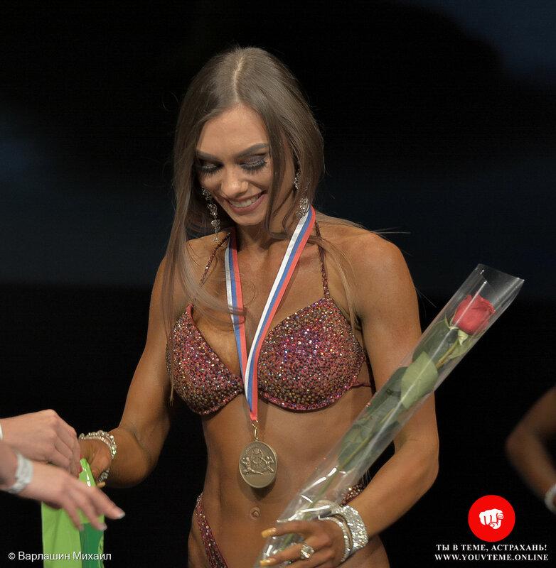 Категория: Фитнес-бикини 162см. Чемпионат России по бодибилдингу 2017