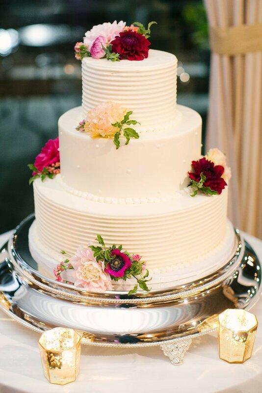 0 178279 2477b363 XL - Тенденции в изготовлении свадебных тортов на 2018 год