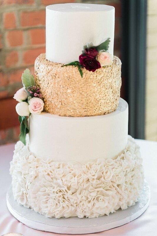 0 178281 dc5aa01d XL - Тенденции в изготовлении свадебных тортов на 2018 год
