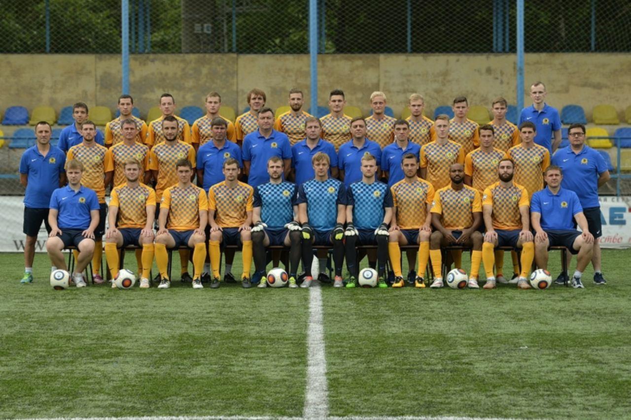 Фото футбол владивосток 7