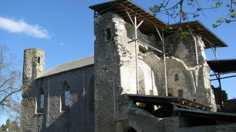Монастырь  Падизе,  Эстония.
