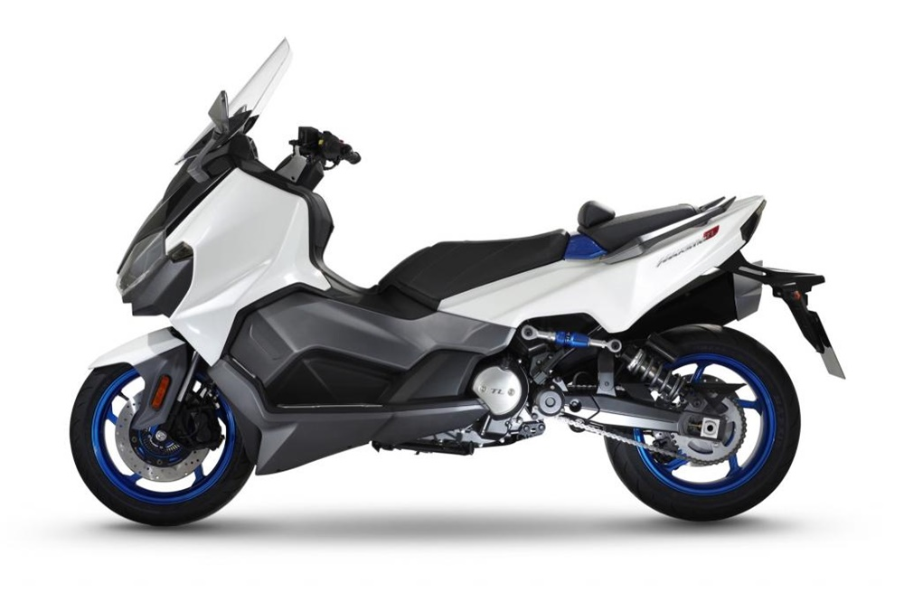 Макси скутер SYM Maxsym TL1 2018 (первые фото)